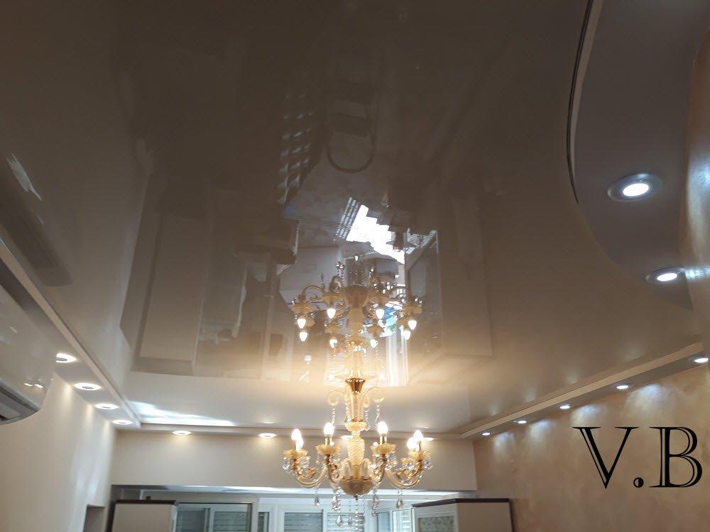 Натяжной потолок в зале, Израиль
